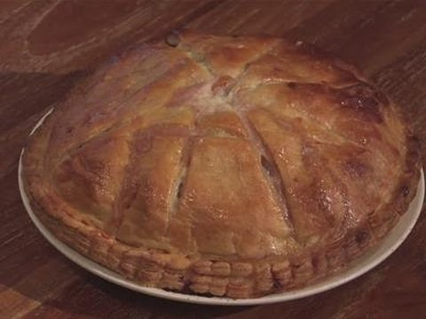 A guide to making sausage pies