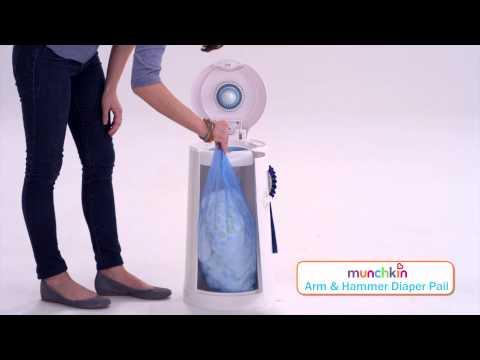 Munchkin Diaper Pail - Changing the Bag