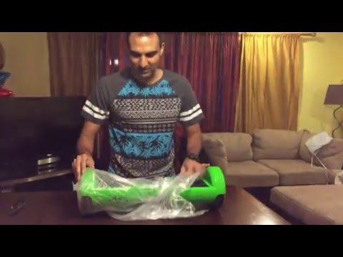 HOVERBOARD UNBOXING! | HOVERBOARD THAT DOESN'T CATCH FIRE (SWAGWAY HANDS-FREE SMARTBOARD)