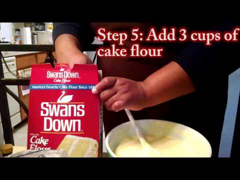 Making a Lemon 7-Up Cake