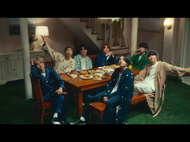 BTS (방탄소년단) 'Life Goes On' @ Good Morning America