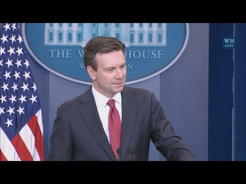 1/13/17: White House Press Briefing