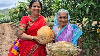 सोप्या आणि पारंपरिक पद्धतीने करा भोपळ्याचे घारगे Bhoplyache Gharge marathi recipe | gavran