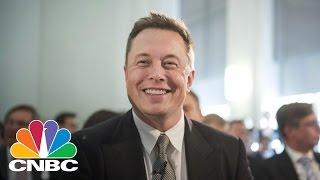 Elon Musk's Brain-To-Computer Moonshot | CNBC