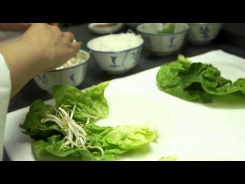 Chef Rabanit prepares Goi Cuon (Soft Salad Rolls)