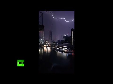 'Mother of all thunderstorms': Lightning strikes London 20,000 times