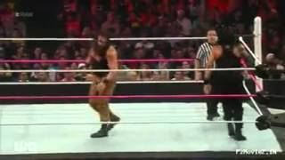 WWE Raw 12th Oct 2015 Roman Reigns vs Brown Strowman