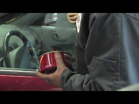 Car Maintenance : How to Get Rid of Scratches on a Car Window