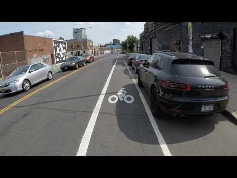 NYC Cycling to Wall Street from Long Island City via Brooklyn Waterfront and Brooklyn Bridge