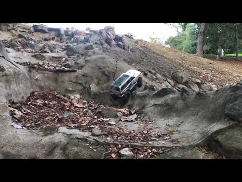 Traxxas TRX-4 with Proline Hyrax Tires test