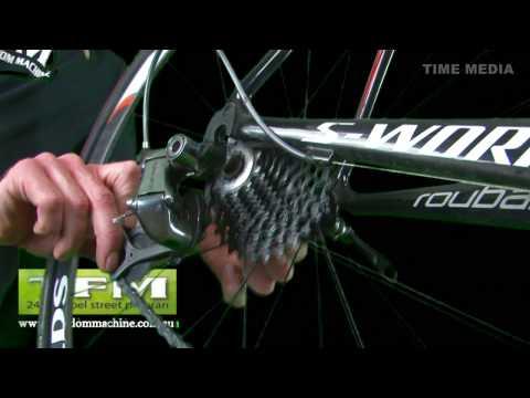 How to change a bicycle / bike tube
