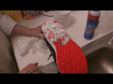 How to Clean the soles of your shoes