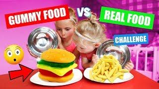 GUMMY FOOD vs REAL FOOD CHALLENGE!! ♥DeZoeteZusjes♥ [echt alle soorten snoep]