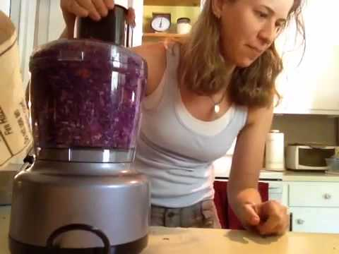 Sweet Red Cabbage Slaw w/ Apples, Raisins & Carrots- Fat Free
