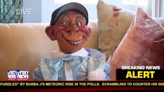 """""""Guess who has his eye on the White House?""""  