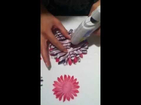 How to stack petals making a flower hair bow