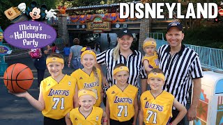Download Mickey's Halloween Party at Disneyland 2018 - Family Fun Pack Lakers Video