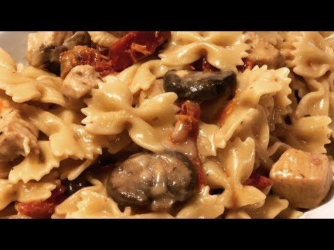 Instant Pot Creamy Chicken Marsala Pasta
