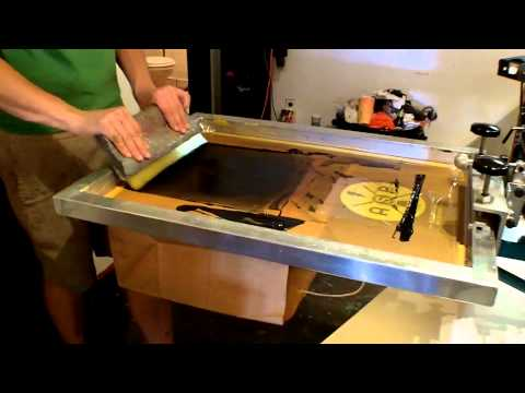 Anthem Screen Printing: Printing a Paper Bag