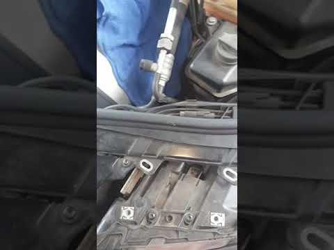 2005 Audi A8 headlight removal