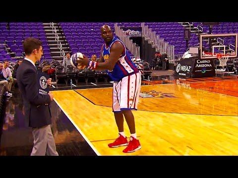 World Record Longest Basketball Hook Shot! | Harlem Globetrotters