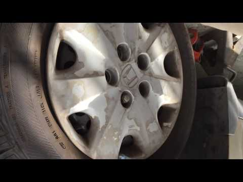 HOW TO CHANGE FRONT BRAKE HONDA ACCORD ACURA CL RL TL TSX 1999-2012
