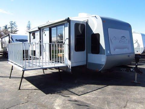 HaylettRV.com - 2015 Journeyer 340FLR Patio Deck Travel Trailer by Open Range RV