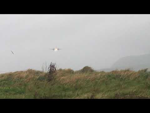 Crosswind landing at Sumburgh Shetland