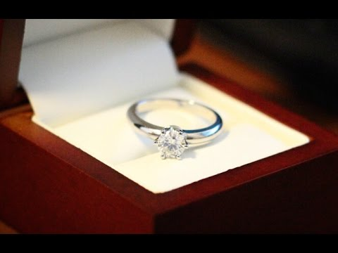 Diamond ring sparkle like crazy