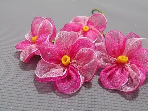 Kurdele oyaları Pembe menekşe çiçeği-How to make a pink violet flower from a ribbon