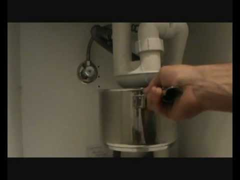 How to fix a leaking sink