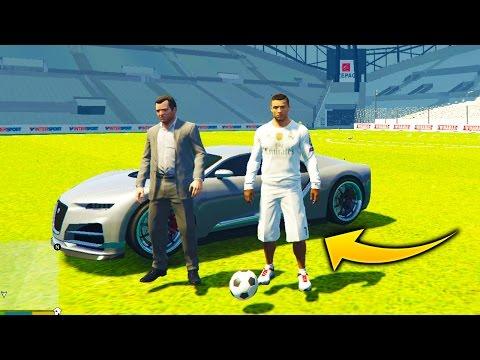 Cristiano Ronaldo Y Un Super Estadio de FUTBOL en GTA 5
