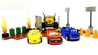 Disney Cars 3 Thunder Hollow Crazy 8 Race Lego Juniors Lightning McQueen Miss Fritter Cruz Ramirez