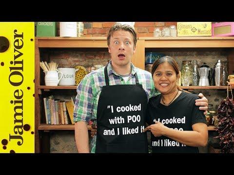 Jamie cooks with Poo   Thai Massaman curry