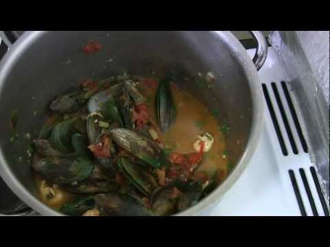 Aussie Bush Tucker Recipe - Australian Green Chilli Mussels and Western Australian Yabbies Pt 2