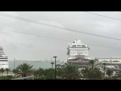 Port Canaveral Transportation. FL. www.taxitransportation.com