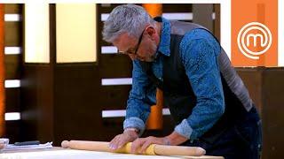 Lo chef Barbieri prepara i tortellini   MasterChef Italia 8
