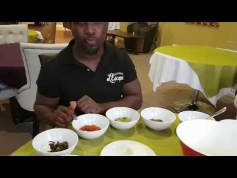 How to eat Fufu.  Egusi, Bitterleaf, Pepper Soup, Ogbono