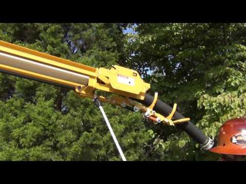 Potholing for underground utilities with the Vermeer VX70-800 Vacuum Excavator