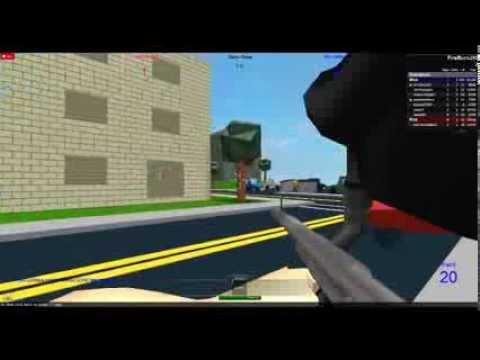 How to change your paintball gun in roblox painball(made by daxter33)
