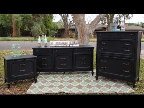 Do it yourself Furniture makeover: Black Dresser Set
