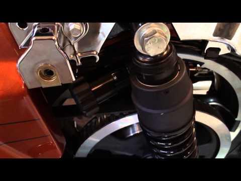 Manual Adjust Harley Davidson Street Glide Touring Rear Suspension   Biker Podcast