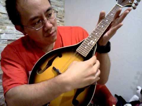 Mandolin Hacked for Uke players! So EASY! Tune GCEA and Mandolin = Ukulele!