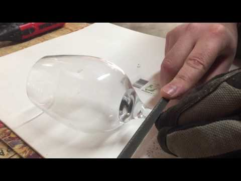 How to cut the stem off from a wine glass