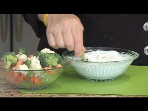 Healthy Sour Cream & Greek Yogurt Vegetable Dip : Greek Dips & Pita Meals