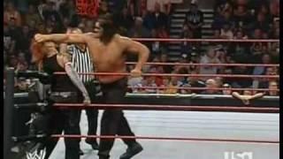 Jeff Hardy VS The Great Khali 10 september 2007