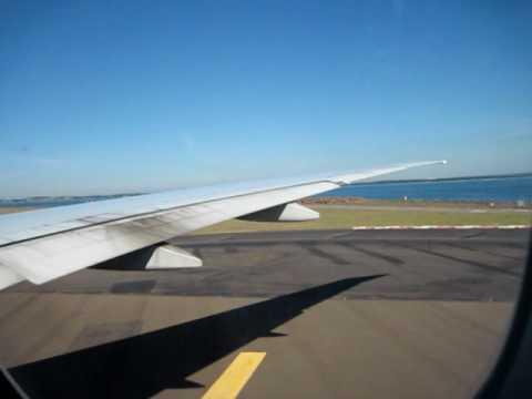 Delta Flight DL16 departing Kingsford Smith Airport Sydney, Australia