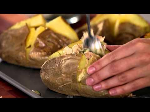 Sirena Baked Potato with Tuna and Cheddar