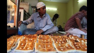 World Famous Hyderabadi Square Naan making | Amazing Indian Food | Authentic Hyderabadi Food
