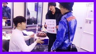 Download [방탄소년단/진/지민] 아무말플로우는 빅히트 특징인가요 (feat. 이현형님) Video